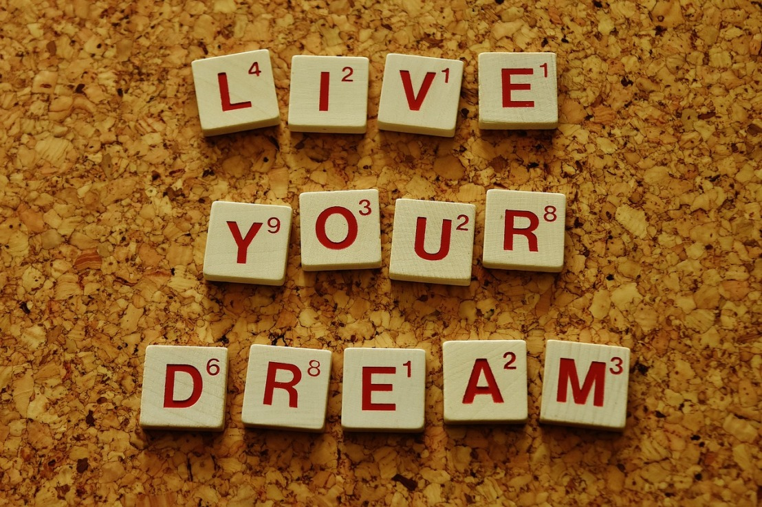 live-your-dream-2045928_1280